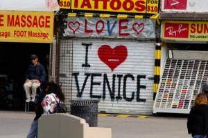 6837bbaf-smush-I+Heart+Venice